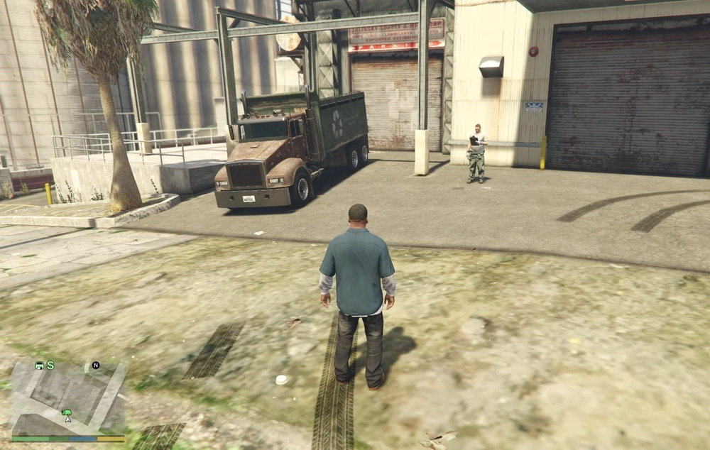 Work as a garbage truck driver for GTA 5